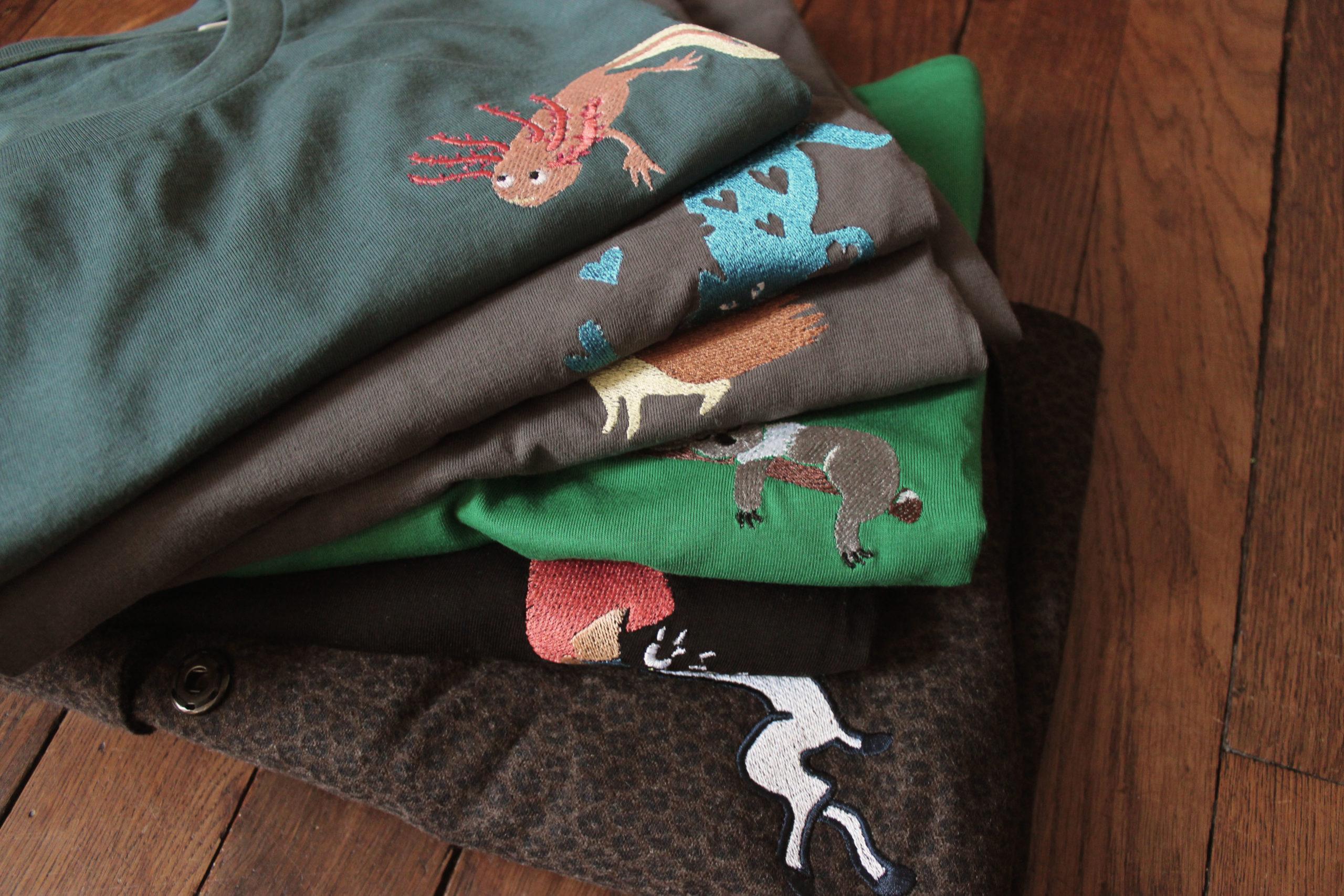 Serie de Tee-shirt brodés